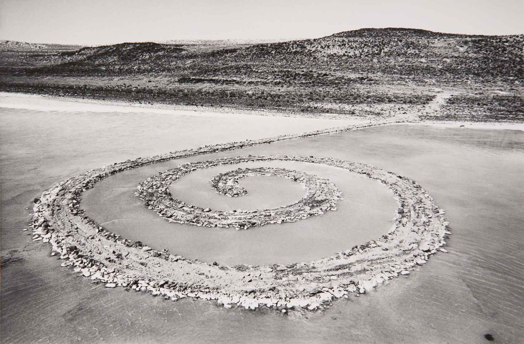 Robert Smithson, Spiral Jetty (1970). Photograph by Gianfranco Gorgoni. Art © Estate of Robert Smithson/Licensed by VAGA, New York